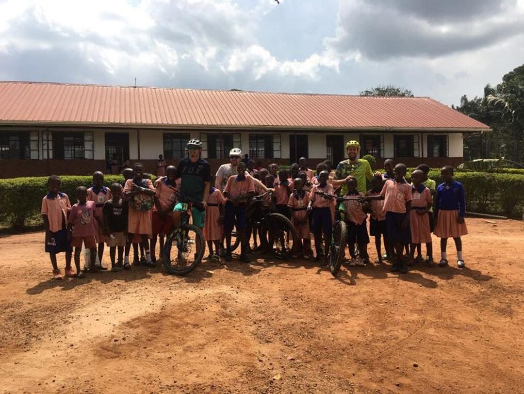 kerekparozas-ugandaban