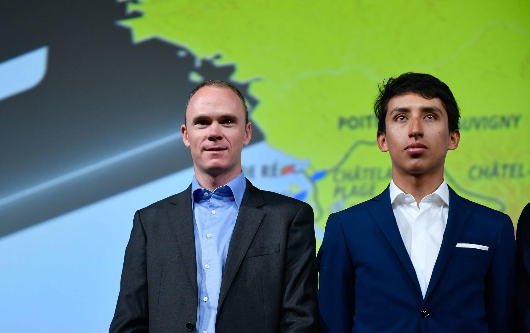 Kolegové a současně rivalové. Chris Froome (vlevo), čtyřnásobný vítěz Tour de France, a Egan Bernal, obhájce prvenství ze Staré dámy. Foto: profimedia
