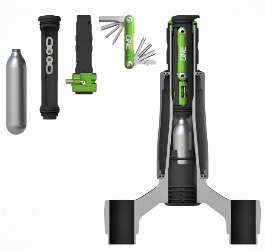 Produkt EDC od značky OneUp patří k vrcholným kouskům, jak maximálně využít místo na kole pro nářadí.