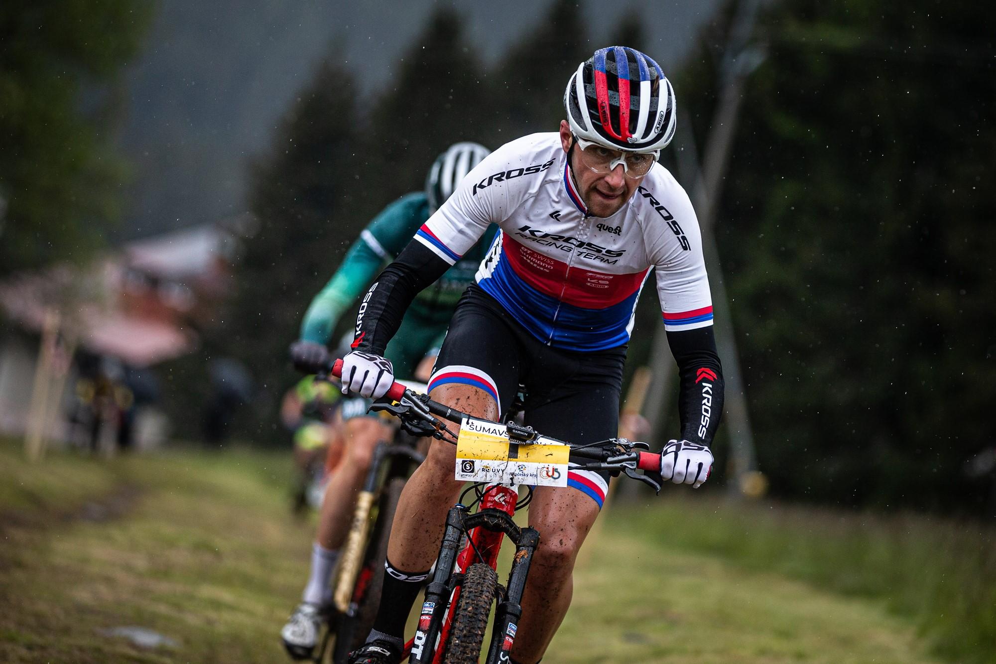 Ondřej Cink při závodě Šumavského poháru MTB na Zadově. Foto: Michal Červený