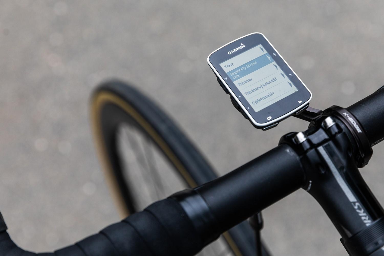 Aplikace Strava umožňuje sledování času živě v jednotlivých segmentech. Foto: Michal Červený