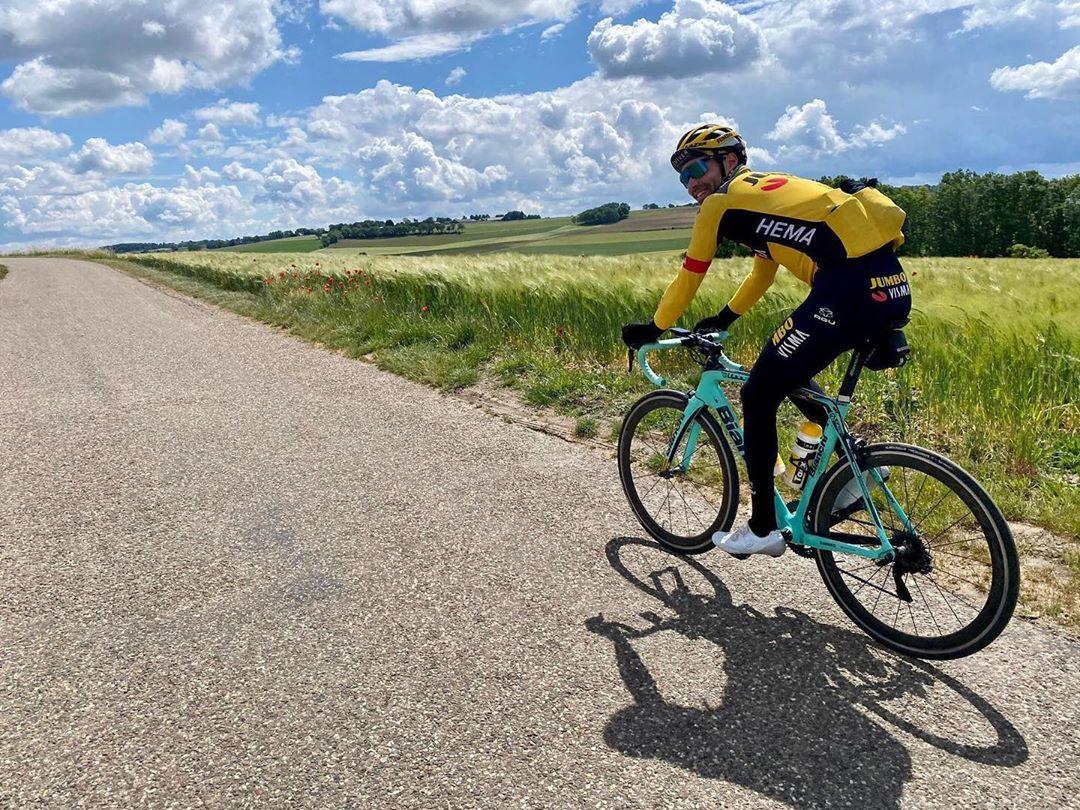 Nizozemský cyklista Tom Dumoulin má závodní pauzu už přes třináct měsíců!
