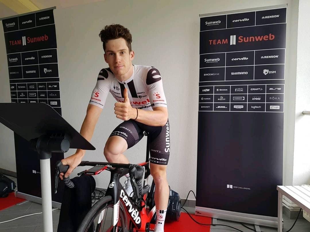 Alberto Dainese z týmu Sunweb před virtuální etapou Tour de France. Foto: instagram Sunweb