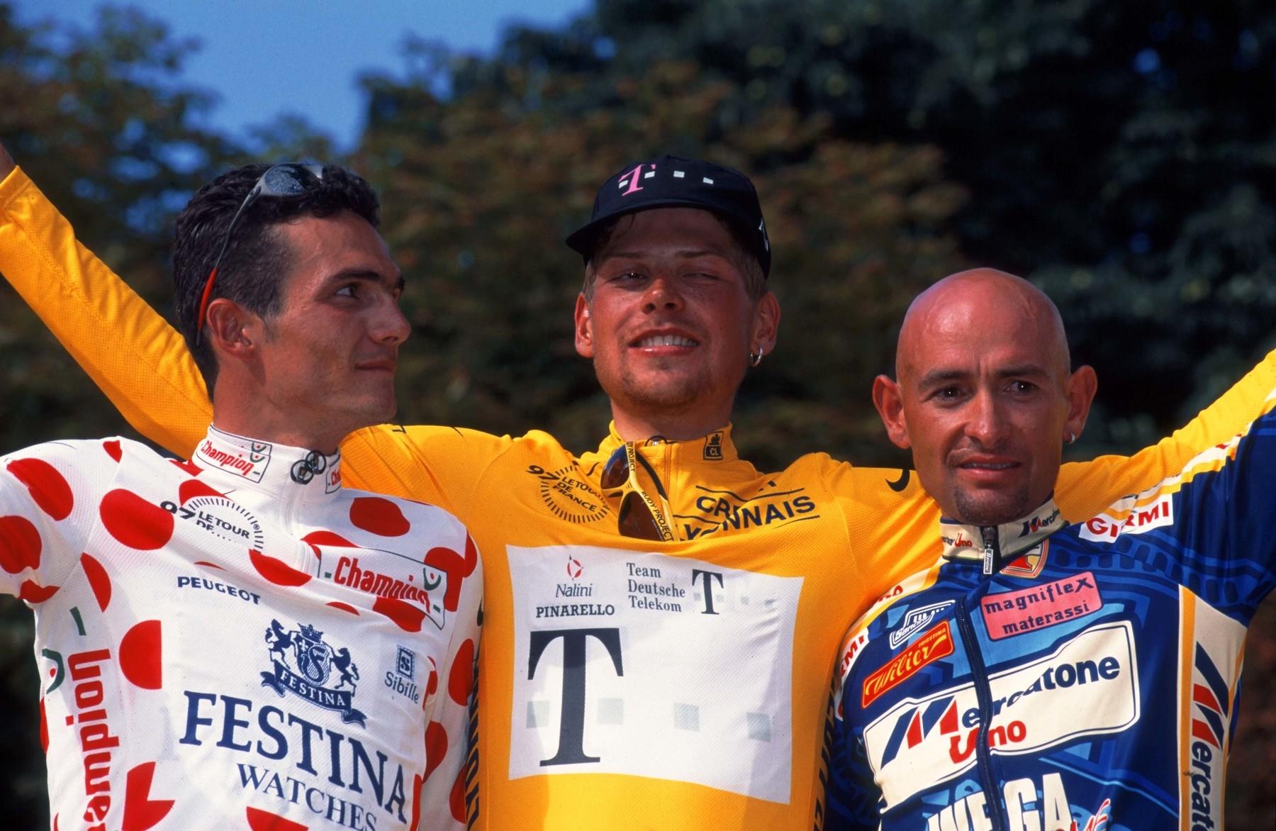 Hrdinové nebo zatracenci? Richard Virenque, Jan Ulrich a Marco Pantani (zleva). Všichni měli pletky s dopingem. Foto: profimedia