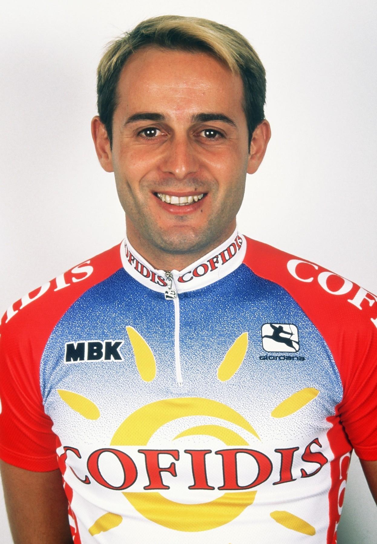 Massimiliano Lelli v době profesionální kariéry při angažmá v Cofidisu. Jezdil ještě za týmy Ariostea, Mercatone Uno a Saeco. Foto: profimedia