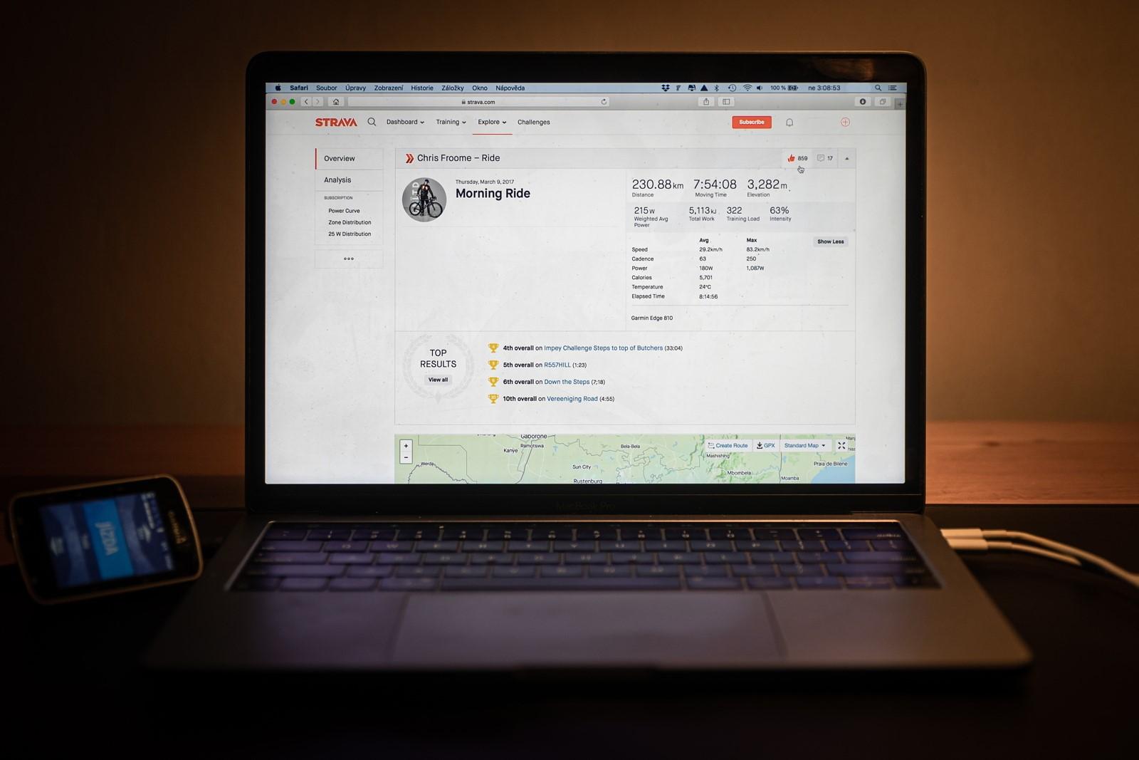 Chris Froome, respektive jeho profil v aplikaci Strava. Závodník týmu Israel Start-Up Nation zveřejnňuje jen vybraná data. Foto: Michal Červený