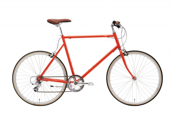 The shapes of the frames, all built from Cr-Mo steel, and the pastel colour schemes of the paint used remind you of the classical models from the golden age of bicycle building, with just enough contemporary twist to look modern.