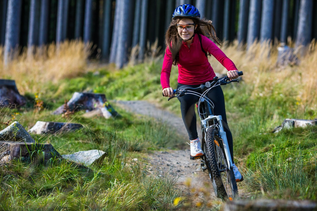 Kids learn to ride with greater ease, have more control of the bike and have a lot more fun if they have a bike that fits their size. Choosing the right kids' mountain bike will ensure that their learning experience is enjoyable and they have the opportunity to really take their riding skills to the next level.