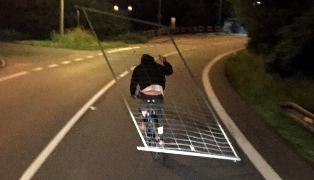 It hadn't been long before a passing-by driver spotted him and contacted the police. He also made a photograph of the 40-year-old man from Karviná, Czech Republic, which has since been doing the rounds on social media.