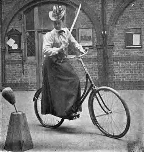 Stunt Bikers from 100 Years Ago (16)