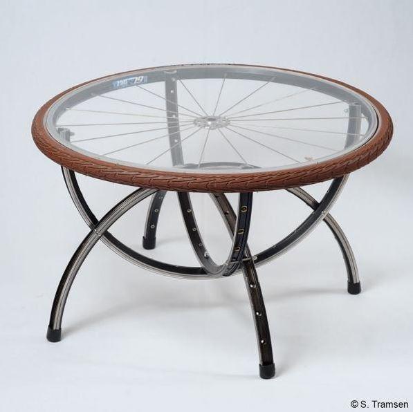 stylowy rowerowy design z recyclingu